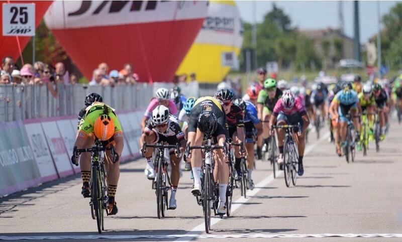 Giro Rosa 2017 tappa 4 D'Hoore al fotofinsih! Bene le azzurre.