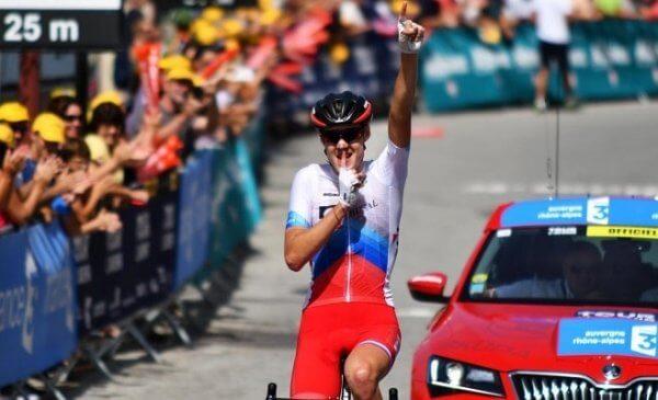 Tour de l'Avenir 2017 Sivakov vince l'ultima tappa a Bernal la generale