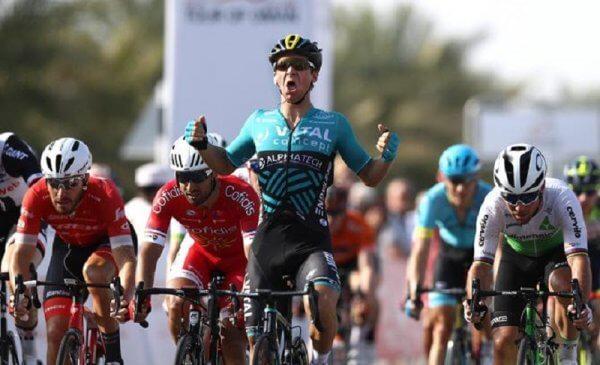 Tour of Oman 2018 Coquard vince la prima tappa, Nizzolo 3°!
