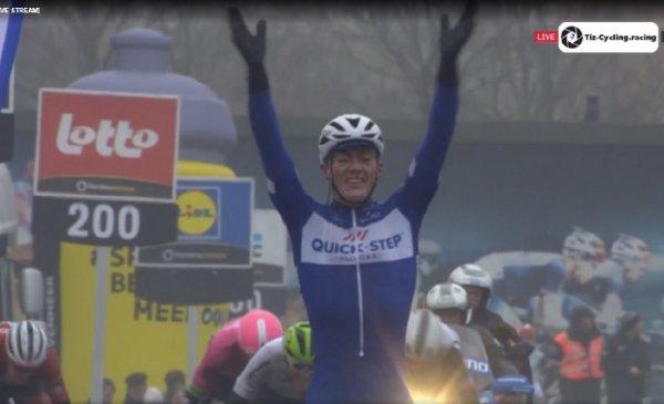Lampert vince per la seconda volta consecutiva la Dwars door Vlaanderen