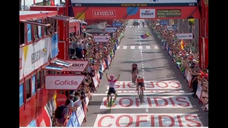 La Vuelta 2018 tappa 5 ancora una fuga in porto: vince Clarke e Molard prende la Maglia Rossa