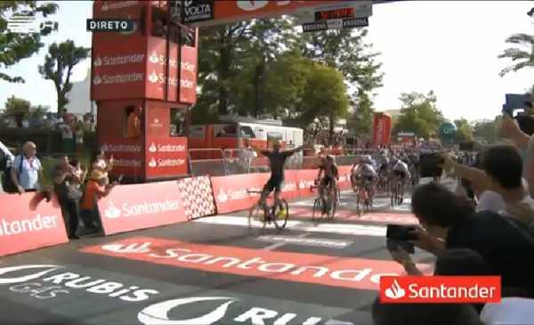 Giro del Portogallo 2018 Stacchiotti vince la volata a Albufeira!