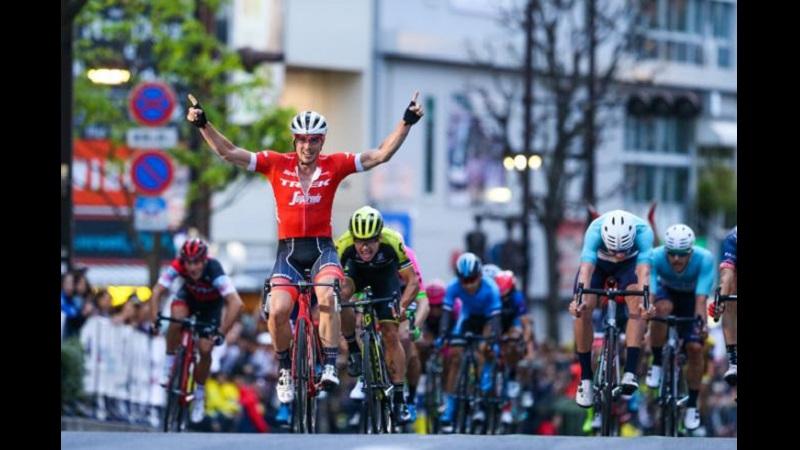Degenkolb vince la Japan Cup Criterium, terzo Marco Canola