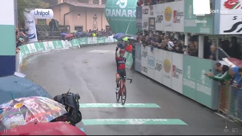 Giro dell'Emilia 2018 capolavoro di De Marchi, vince in solitaria a San Luca