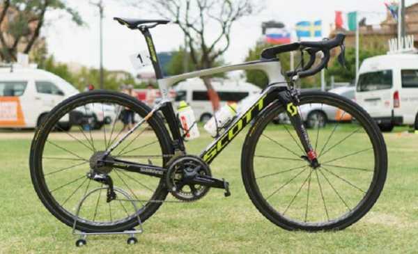 Scott Foil RC: immagini della bici di Daryl Impey vincitore al Tour Down Under