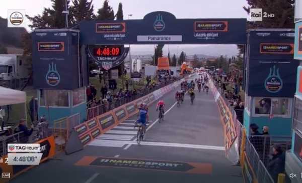 Tirreno Adriatico 2019: Alaphilippe vince a Pomarance, terzo Bettiol