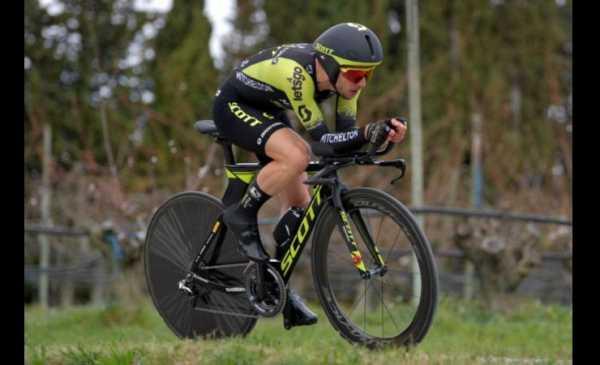Simon Yates vince la cronometro individuale della Parigi Nizza 2019