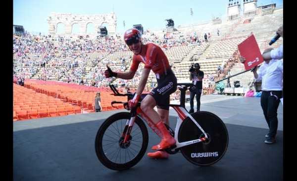 Verona: Carapaz vince il Giro e Chad Haga la Crono di Verona