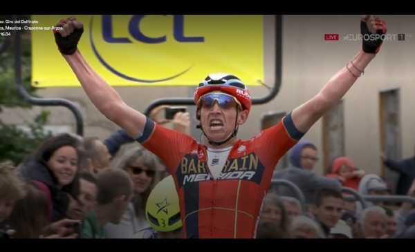 Giro del Delfinato 2019: Teuns batte Guillaume Martin in uno sprint a due