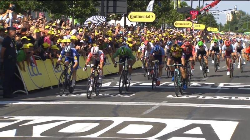 Tour de France 2019 risultato tappa 16: bis di Ewan davanti a Viviani e Groenewegen
